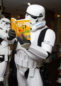 Stormtroopers LOVE Geekhood!