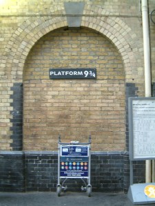 london_kings_cross_platform_9_3-4